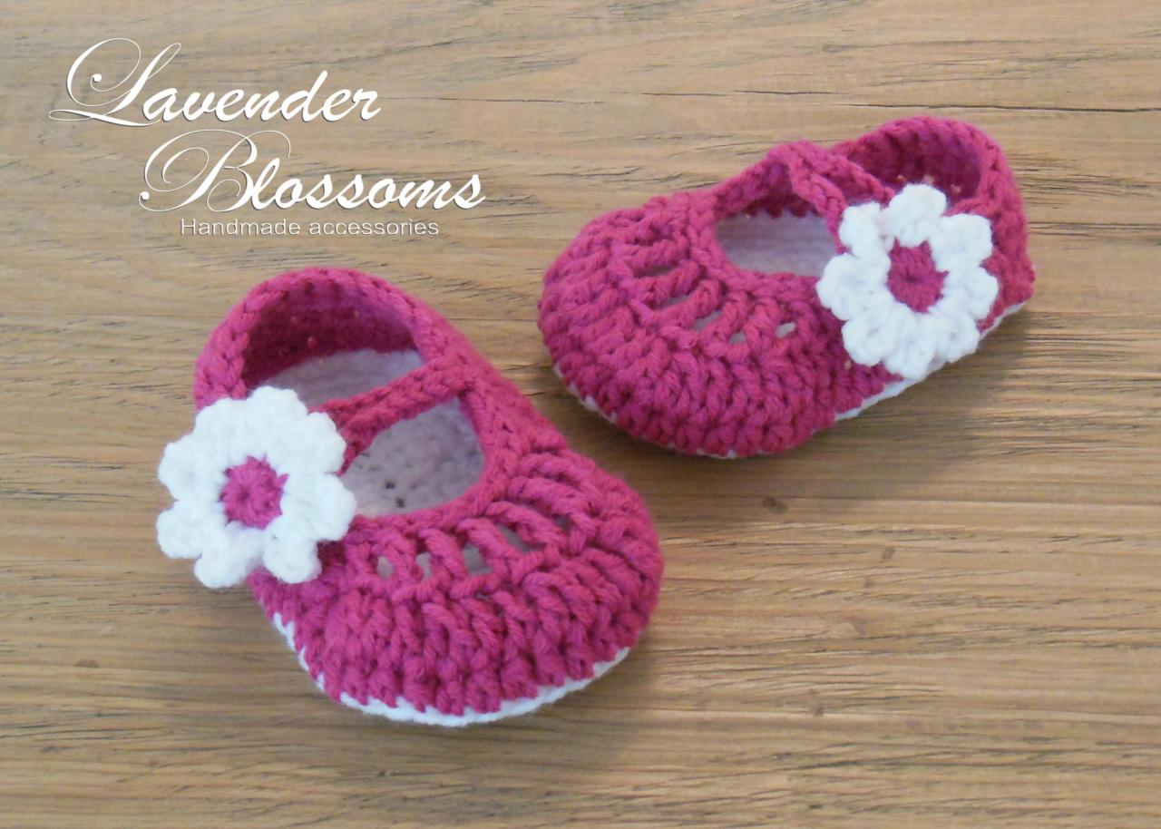 90884d1f91990 Mary Jane Shoes Crochet Newborn Shoes Baby Shoes on Luulla | Crochet ...